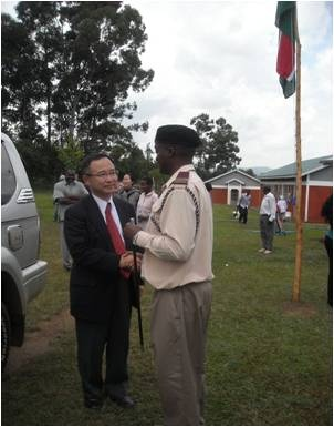 Deputy Ambassador Mr Yamada is welcomed at the institution