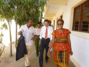 Ambassador Terada, Director of St. Joseph House of Hope, Ms. Caroline Bockle and other officials touring the new school facilities.